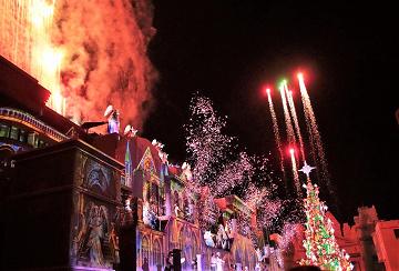 【天使のくれた奇跡】2018年グランドフィナーレのクリスマスショー!ストーリー、鑑賞エリア、チケット情報