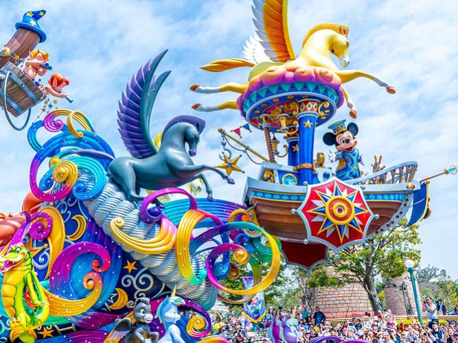 【2020】ドリーミング・アップ!完全解説!観賞場所&抽選は?ディズニーランド35周年を記念したパレード!