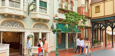 【予約可能】イーストサイド・カフェは誕生日におすすめ!ディズニーランドの人気レストランメニューまとめ!
