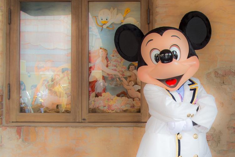 【必見】ディズニーランドでキャラクターに会える場所は?キャラクターグリーティングまとめ!