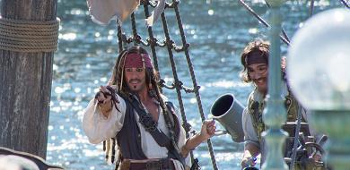 【パイレーツ・オブ・カリビアン呪われた海賊たち】第1作のあらすじ&登場人物
