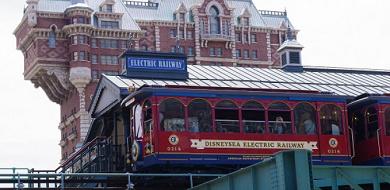【解説】ディズニーシーの電車「エレクトリックレールウェイ」の概要・混雑攻略まとめ