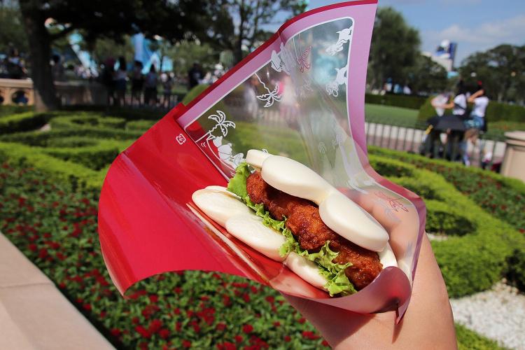 【2021】ディズニーフードおすすめメニュー22選!人気な食べ物&コスパメニューを値段と紹介!