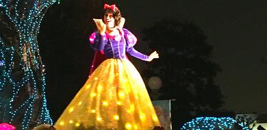 白雪姫の実写版『白雪姫と鏡の女王』あらすじ&登場キャラクター
