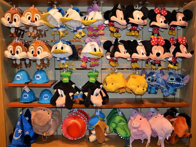 【2021春】ディズニーの帽子&ファンキャップ一覧!イヤーハットなどの被り物でおそろコーデ♪