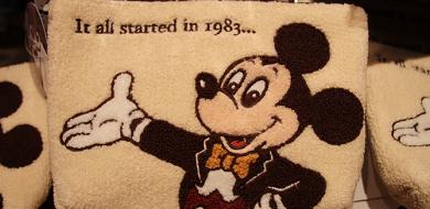 【最新】ディズニー35周年「Happiest Celebration!」グッズ44選!歴代ミッキーのクラシックなお土産