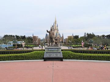 ディズニーには休園日があった!年中無休の理由、臨時休園になったケース、台風の日について解説
