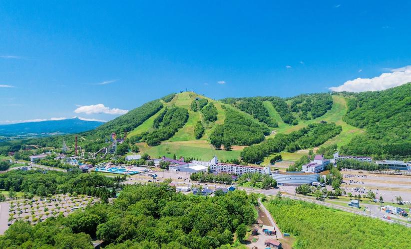 【2021】北海道の「ルスツリゾート」を徹底解説!遊園地&スキー場まとめ!本場の味が楽しめるレストランも!