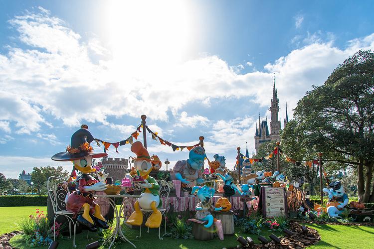 【混雑予想】2019年9月のディズニーはハロウィンがスタート!シーは新テーマのショーを初開催