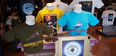 【USJ】新ショップ「ユニバーサルスタジオセレクト」がオープン!場所と品揃え、懐かしの映画グッズも!