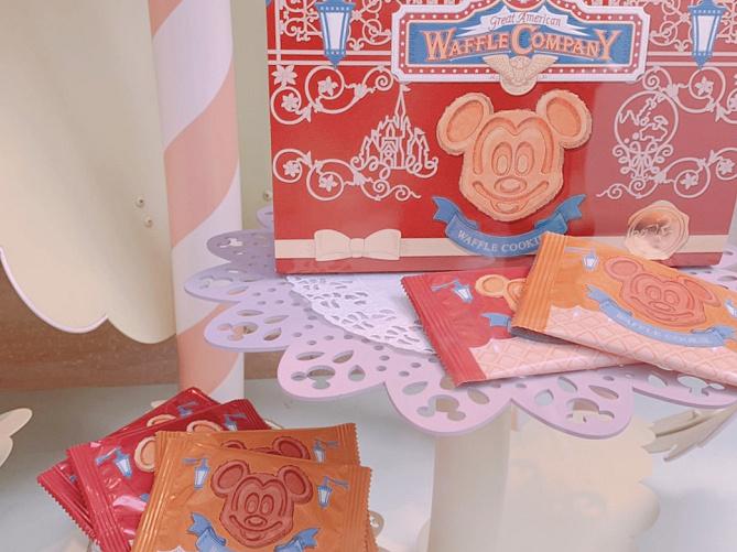 【ディズニーランド】人気お菓子ランキングTOP10!チョコクランチ・クッキー・おせんべい・和菓子など!