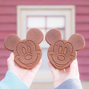 【2020】ディズニーシーの食べ歩きメニュー!あったかグルメ&ドリンクまとめ!寒い季節にピッタリ!