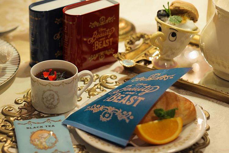 【OH MY CAFE】「美女と野獣カフェ」オープン! 図書室シーンがテーマ!メニュー&グッズまとめ!