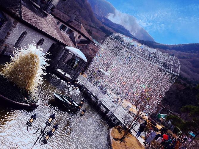 【必読】箱根ガラスの森美術館を徹底ガイド!入館料、アクセス、写真映えスポットも満載!