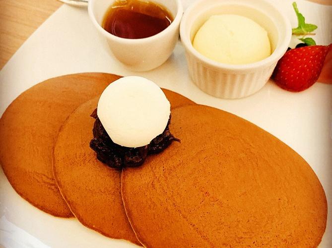 【東京駅周辺】人気のパンケーキ店おすすめ7選!ふわふわな食感がたまらない魅惑のスイーツ♪
