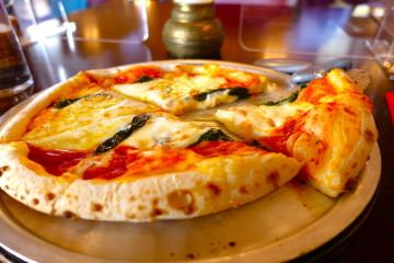 どれがいちばん好き?ディズニーシーのピザを食べつくそう