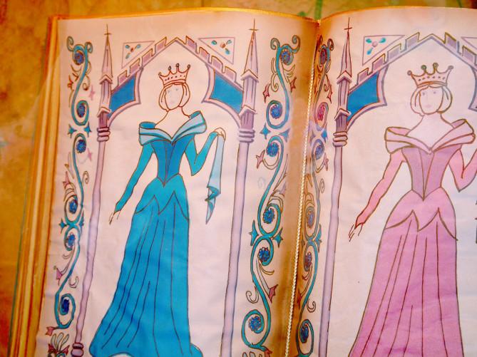 【2019】ディズニープリンセスドレス20選!大人用&子供用まとめ!Dハロ仮装におすすめのドレス!