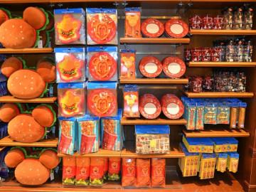 【2/1発売】ディズニーに食べ物グッズが登場!ミッキーワッフルなどパークフードの雑貨&キッチン用品