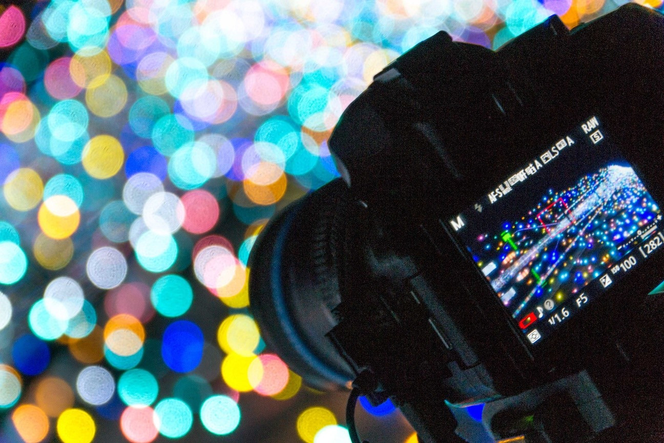 取材時にはカメラが必需品