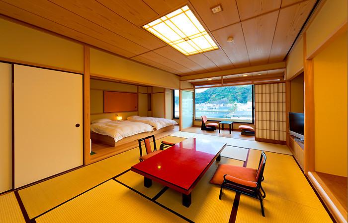 非常に豪勢な旅館「伊豆三津浜 松濤館」