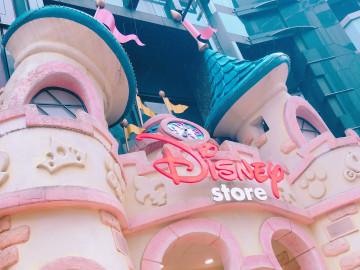 【2019】ディズニースウェット10選!ディズニーストア&ユニクロで購入できるかわいいデザインスウェット!