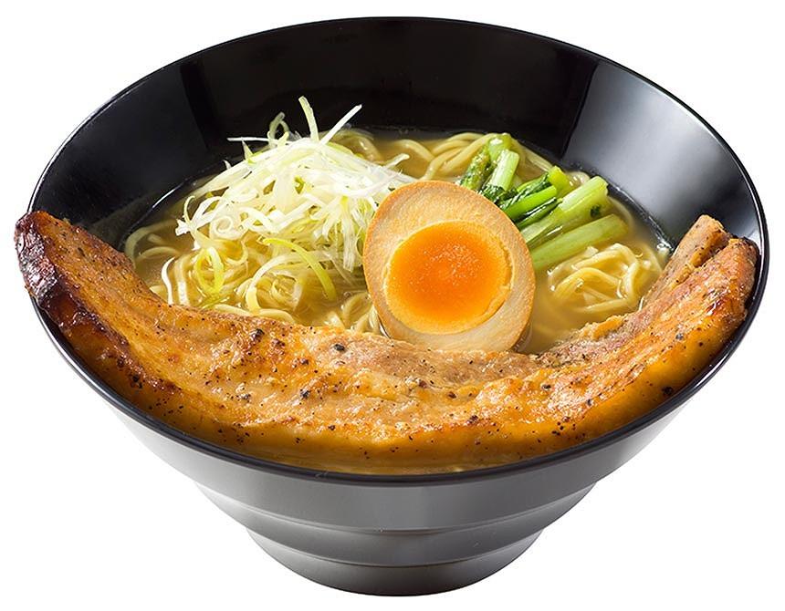 ブラックペッパーポーク麺(とんこつ醤油)
