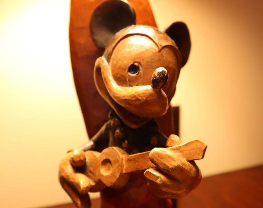 アウラニ・ディズニー・リゾートの客室に置いてあるミッキーのランプ