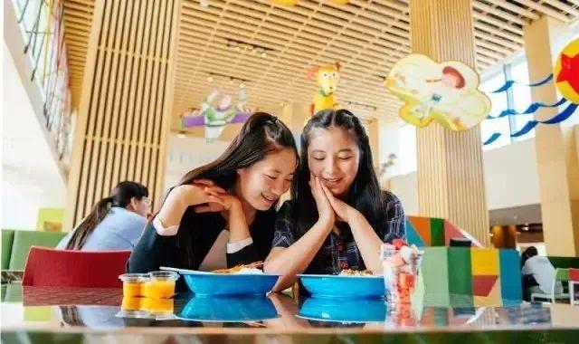 トイストーリーホテルのレストラン&ショップ情報(画像は上海のもの)