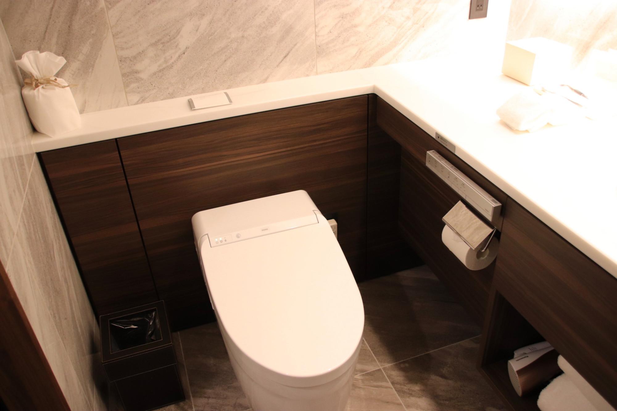 オーシャンビュー ツインのトイレ
