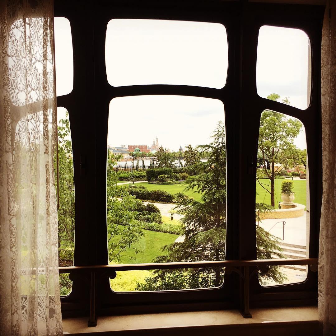 窓から見た景色