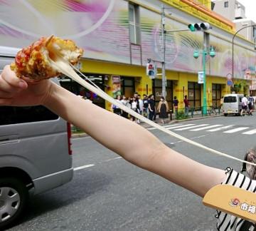 【新大久保】食べ歩きできるチーズドッグ5選!のび〜るチーズが楽しいインスタ映えグルメ♪