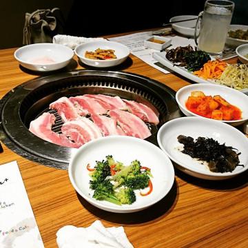 【新大久保】ランチにおすすめの韓国料理店15選!サムギョプサルやチーズタッカルビを安く楽しもう♪