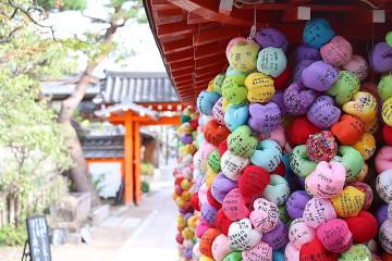 【京都】SNS映えする八坂庚申堂ガイド!カラフルでかわいい写真スポットが女子旅に人気♪